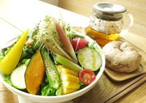 季節のガーデンサラダ +ベーグル/ごはん+五行茶